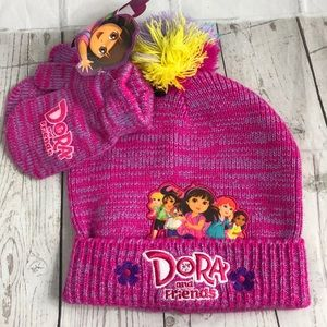 Dora and Friends Pink Chambray Beanie Mittens